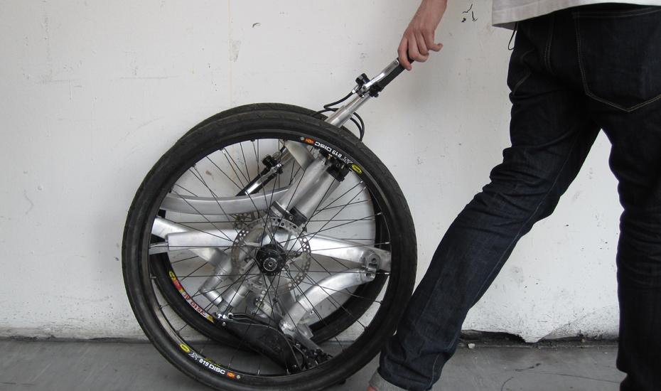 Tag Archives: folding bike