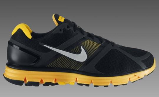 buy online 9dff5 e3b89 nike livestrong shoe
